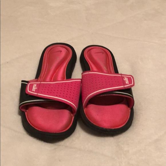 Nike Hot Pink Flip Flop slides- size 10